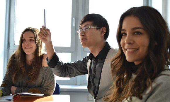 Der neue AEF Service für internationale Mitarbeiter und Fachkräfte
